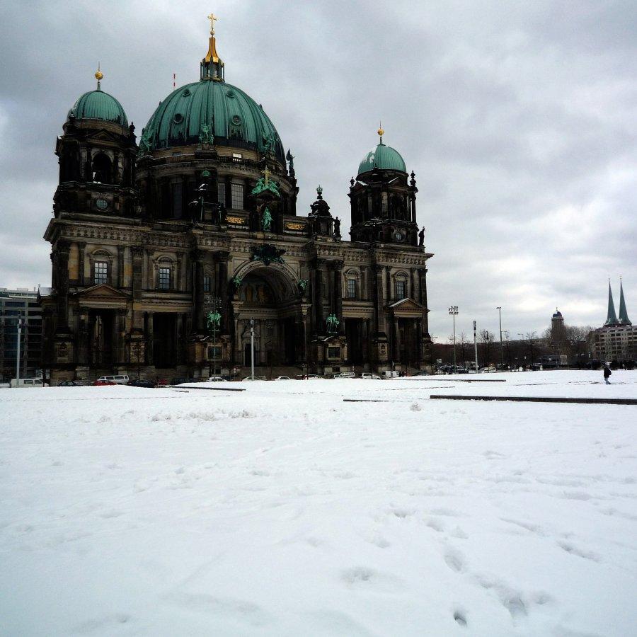 Au-delà du mouchoir, Berlin.