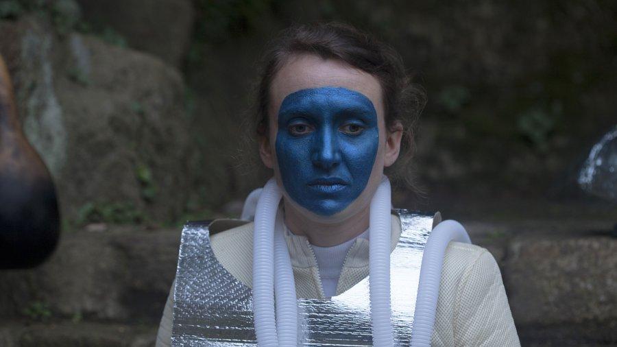 La cascadeure une série en sept épisodes de Virginie Barré, Romain Bobichon, et Julien Gorgeart